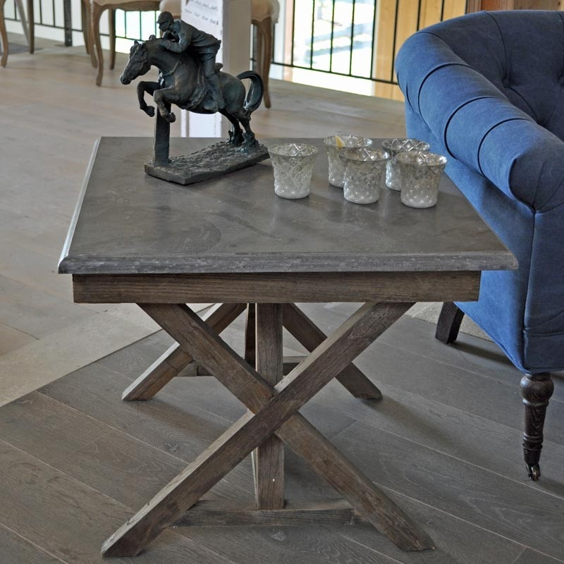 table basse en pin et plateau pierre bleue
