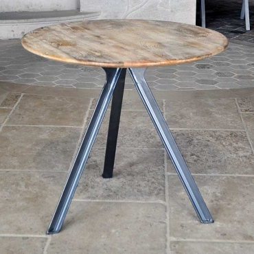 TABLE BASSE 3 PIEDS