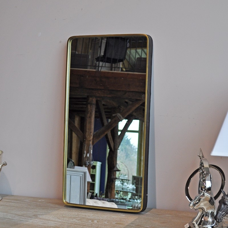 Miroir style industriel en m tal et finition or patin for Miroir antique en bois