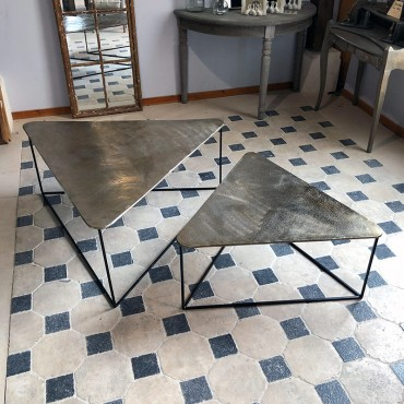 Set tables basses gigognes triangle 119x119x48 cm